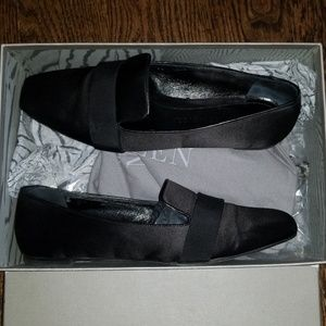 Alexander Mcqueen black satin loafers shoes 39